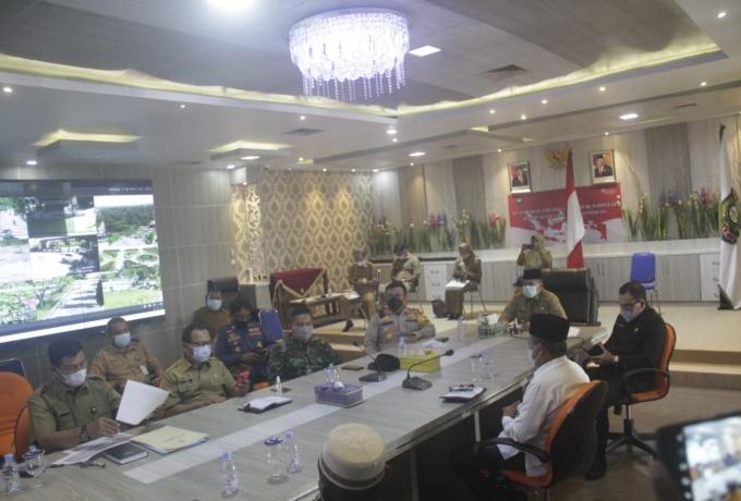 Bupati Alfedri Pimpin Rapat Virtual Persiapan Pelaksanaan Vaksinasi Massal Kabupaten Siak