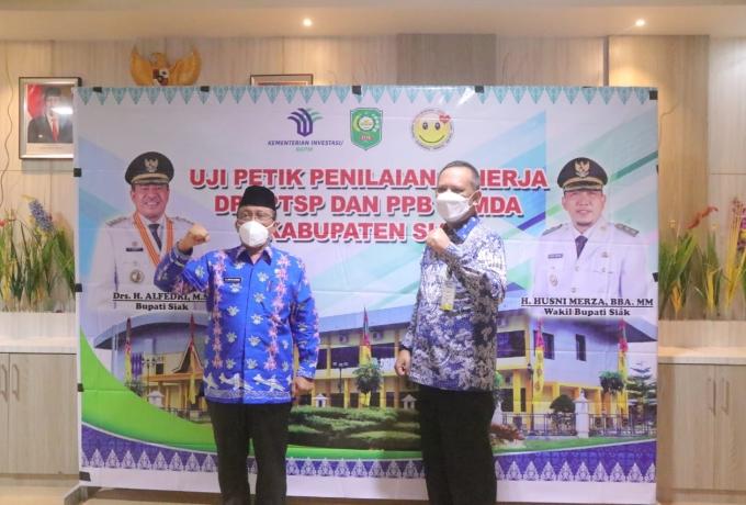 Uji Petik Penilaian Kinerja DPMPTSP, Kabupaten Siak Masuk 9 Besar dan Satu-satunya Kabupaten di Suma