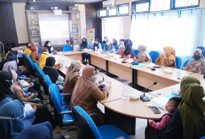 DWP Unit Kominfo Adakan Sosialisasi Deteksi Dini Kanker Leher Rahim