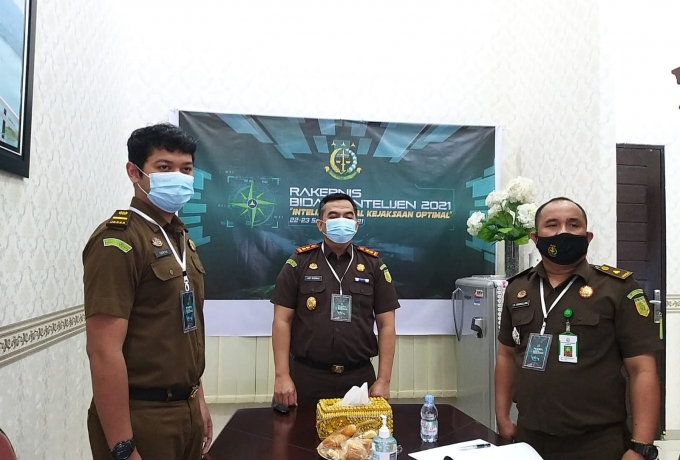 Kejari Kampar Ikuti Rakernis Bidang Intelijen se-Indonesia Secara Virtual