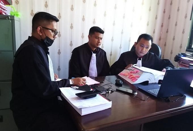 JPU Hadirkan 6 Orang Saksi Dalam Sidang Terkait Kasus Dugaan Tipikor Pengelolaan Dana Desa Mentulik