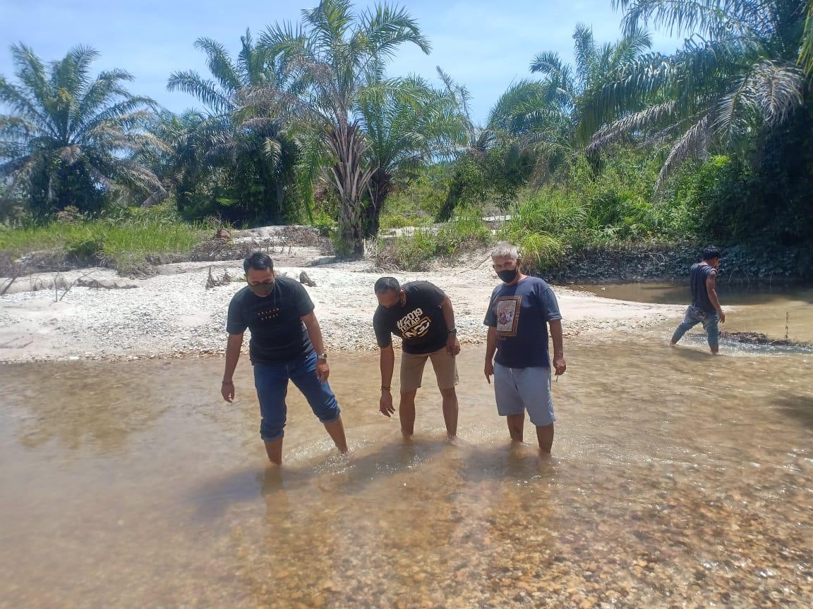 Kapolsek Kuanteng Bersama Kades Jake dan Kades Marsawa Kembali Laksanakan Pemantauan Dilokasi Rawan