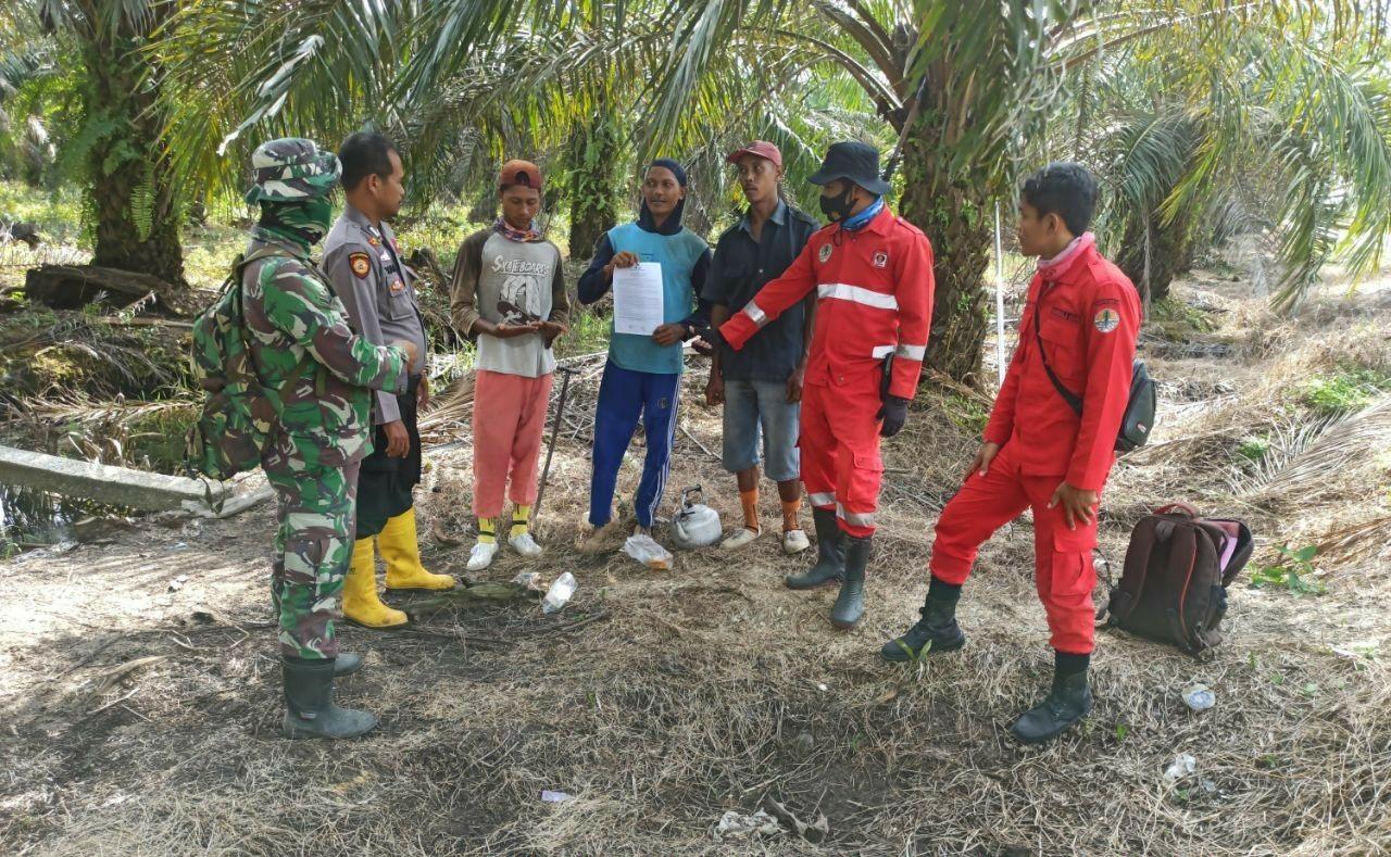 Cegah Karhutla, Babinsa Bersama Polri, Manggala Agni dan MPA Lakukan Patroli Terpadu