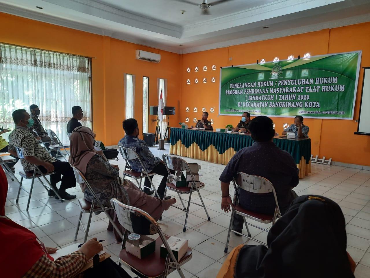 Kejari Kampar Gelar Penyuluhan Hukum Binmatkum Bagi Desa Desa yang ada di Kecamatan Bangkinang Kota