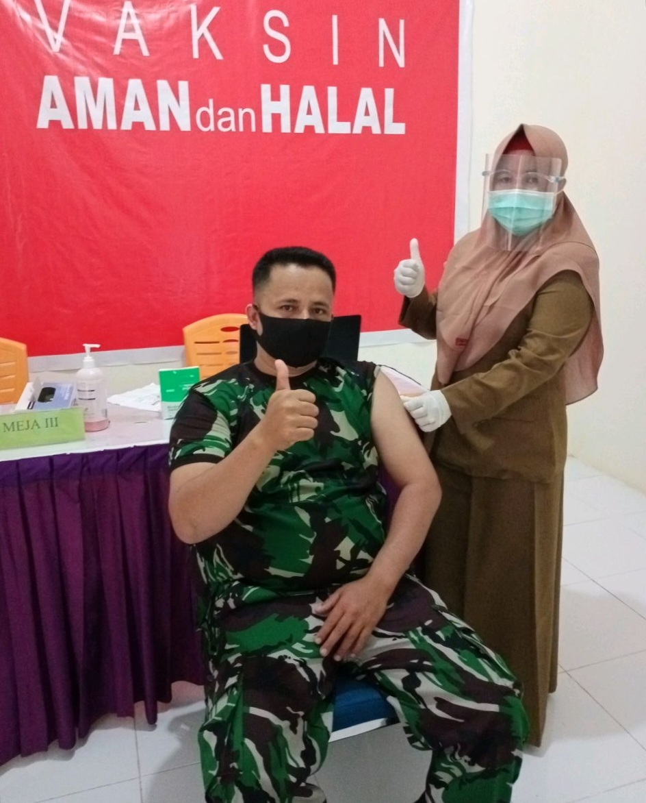 Anggota Babinsa Di Tandun Jalani Vaksinasi Tahap Kedua