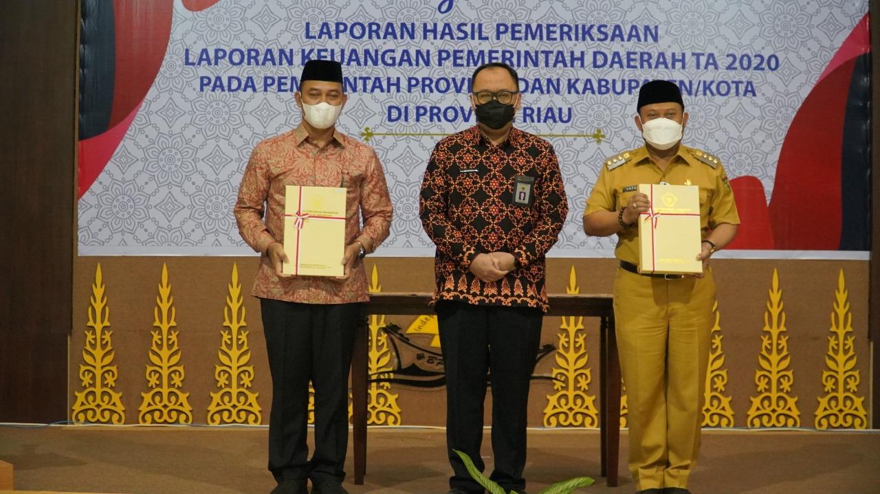 Kabupaten Kampar Kembali Raih Opini WTP Kelima Kali Berturut Turut dari BPK Perwakilan Riau