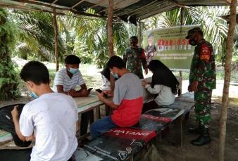 Daring Dalam Rangka Membantu Anak Sekolah Kurang Mampu Koramil 14/KPH Menyidiakan Wifi Gratis