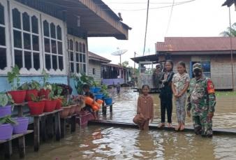 Banjir Rendam 28 Rumah dan Dua Mushollah, Peltu M. Sitepu Himbau Warga Selalu Waspada