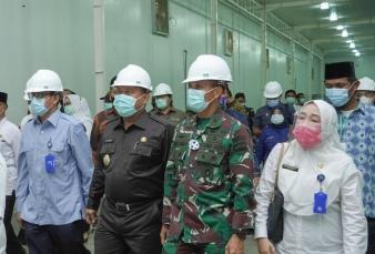 Danrem 031/Wirabima Dampingi Menteri Pertanian RI Tinjau PT. Bio Cycle Indo Di Tapung Riau