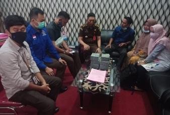 Terdakwa Korupsi Dana Makan Mimum SUT Kembalikan Kerugian Negara Sebesar Rp. 297.466.283