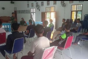 Babinsa Koramil 0313-10/KDS Kampanye Penerimaan Calon TNI