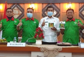 Sekjen PB STII H. Ikbal Sayuti Melantik PW STII Provinsi Riau