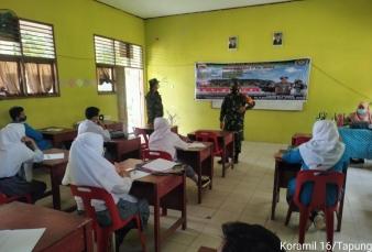 Babinsa Koramil 16/Tapung Sosialisasikan Rekrutmen TNI AD Dikalangan Pelajar