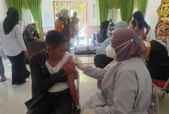 Putus Rantai Penyebaran Covid 19, Kejari Kampar Laksanakan Vaksinasi Tahap Dua